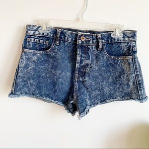 Forever 21  High Waisted Acid Wash Jeans Shorts 29